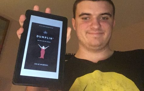 "Book Review: Julie Murphy's ""Dumplin'"""