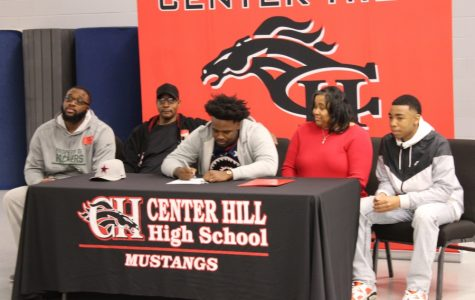 Justin Jackson signs with Northwest Mississippi Community College